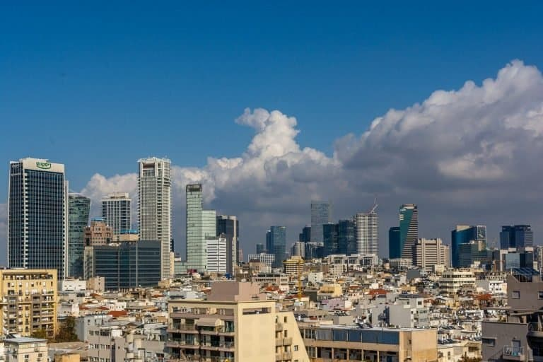 העיר תל אביב