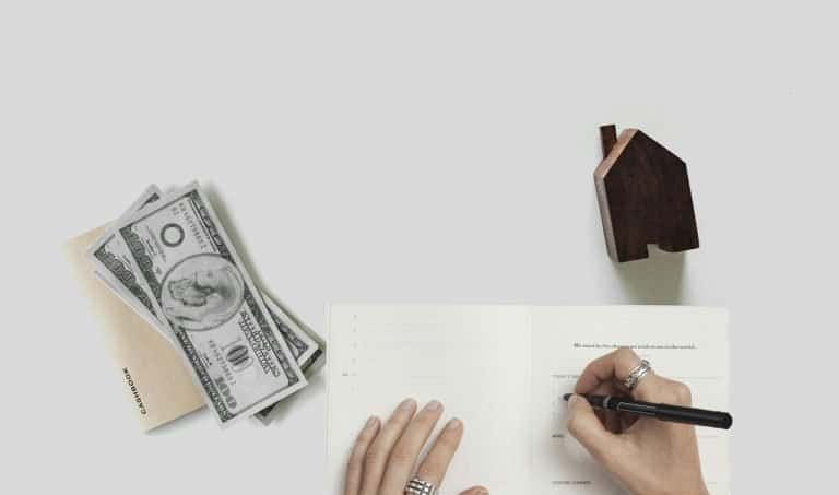 מסמכים וכסף